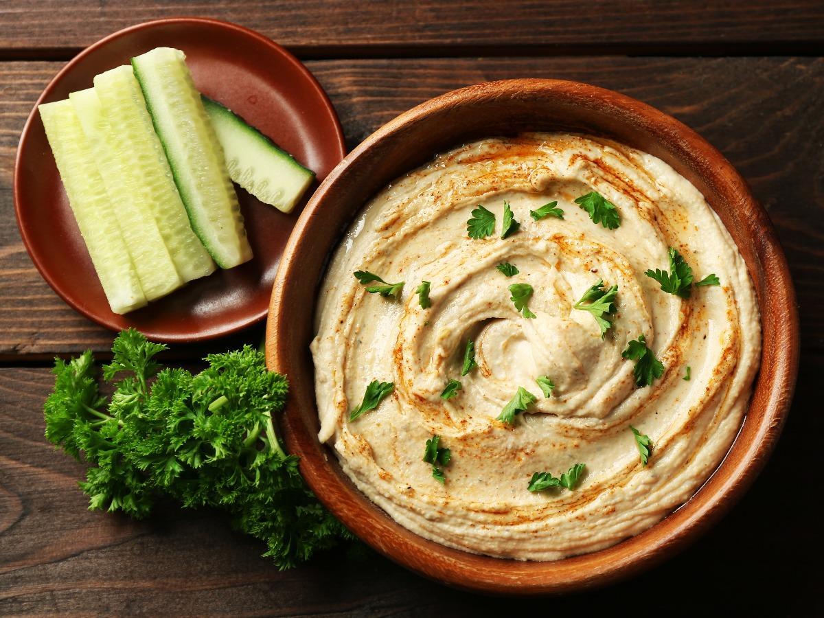 Dưa chuột và Hummus - thực phẩm dinh dưỡng