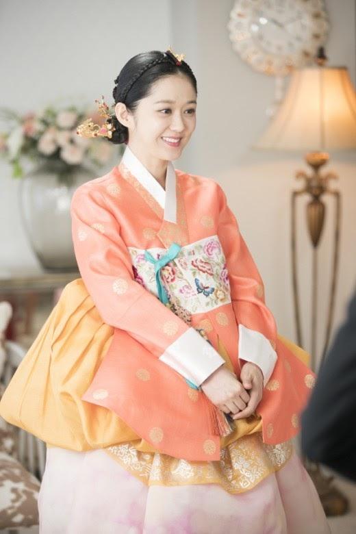 Jang Na Ra trong Hoàng hậu cuối cùng