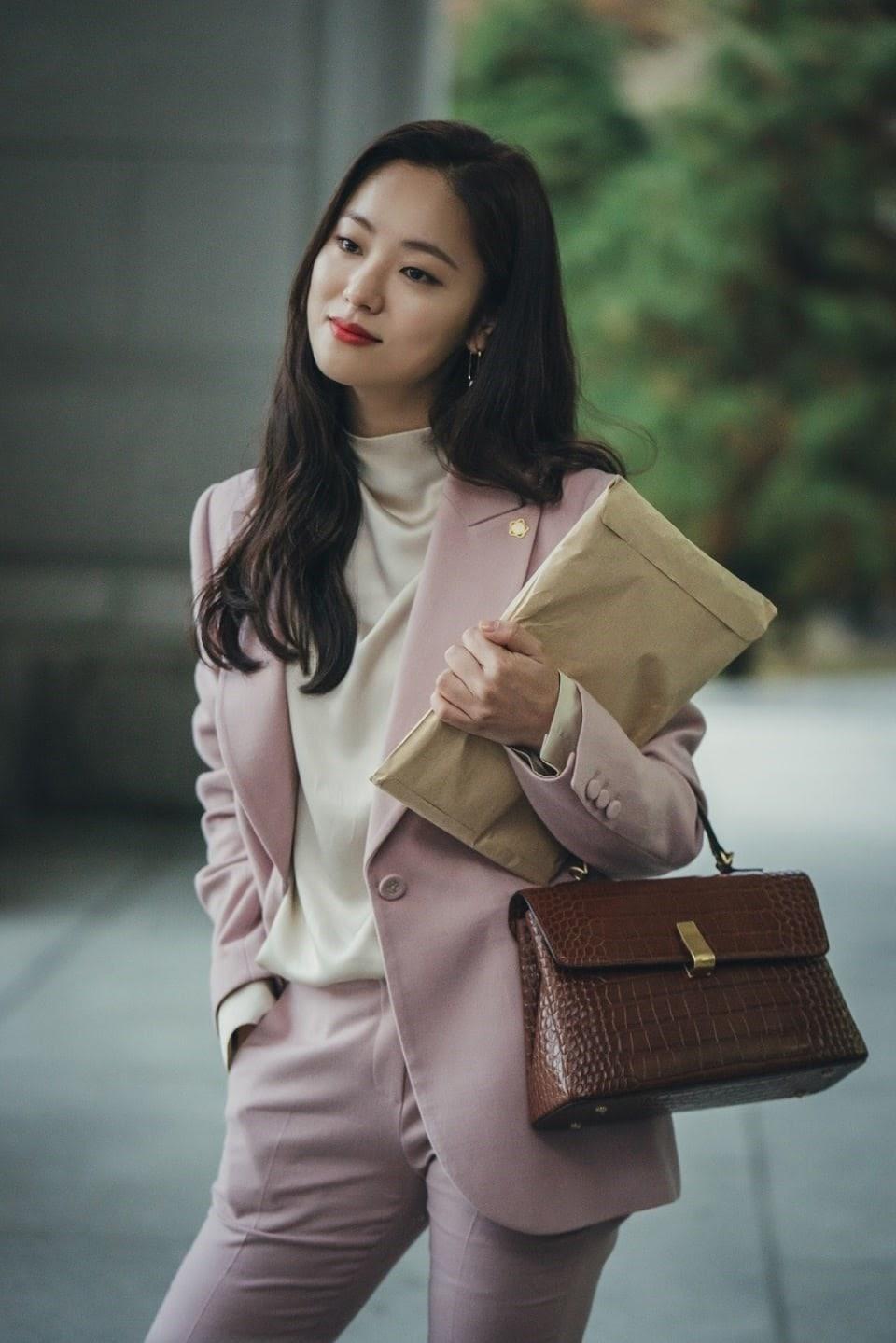 Jeon Yeo Bin trong phim vincenzo