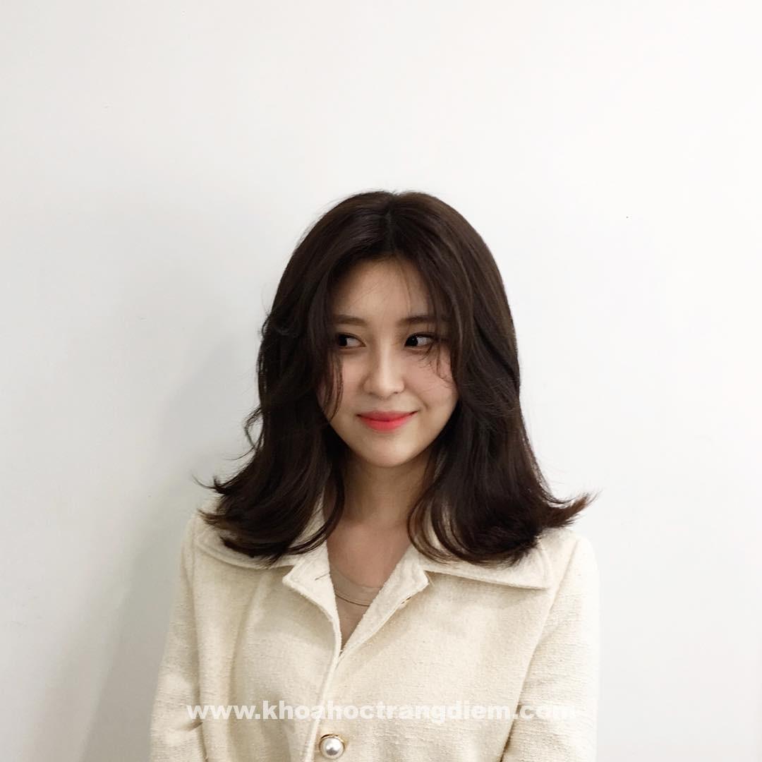 Hướng dẫn cách trang điểm theo kiểu tóc(p2.)