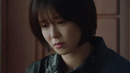 Kyung Soo-jin với mái tóc ngắn cá tính