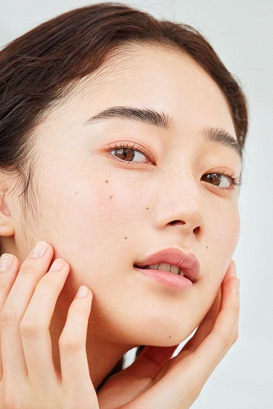 mỹ phẩm có kết cấu nhẹ nhàng các loại da