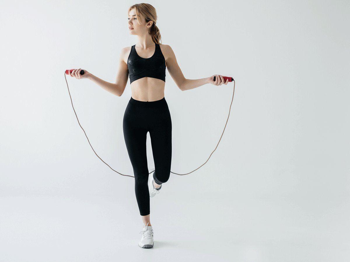 Nhảy dây để giảm béo bắp tay và vai