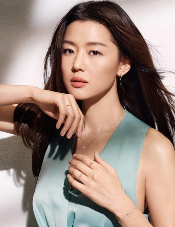 Tiểu sử về nữ diễn viên Jun Ji Hyun - nữ chính mount jiri